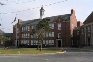 School 10